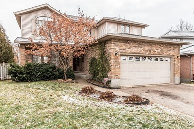 15 Peachtree Cres., Guelph ON