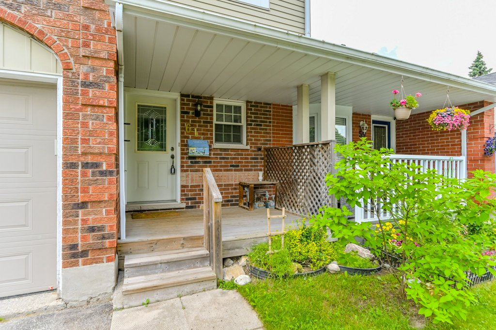 61 Grandridge Crescent Guelph ON
